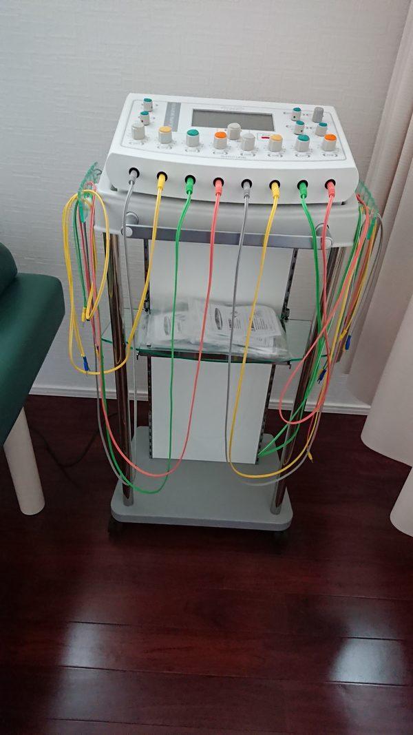 本日  静岡県の整骨院様にEMSマシン:セラピムボディE-8を納品させて頂きました。