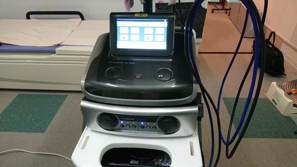 ハイボルテージ複合治療器:ES-5000&EU-910をデモさせて頂きました。