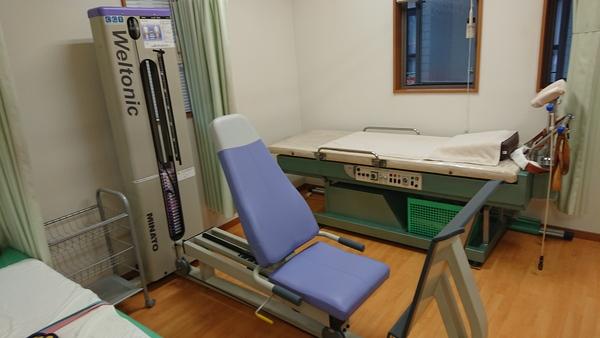 千葉県の整骨院さんにリハビリマシン:レッグプレスを納品させて頂きました。